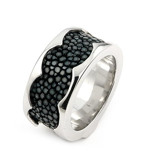 Sterling Silver Hematite Stingray Leather Ring