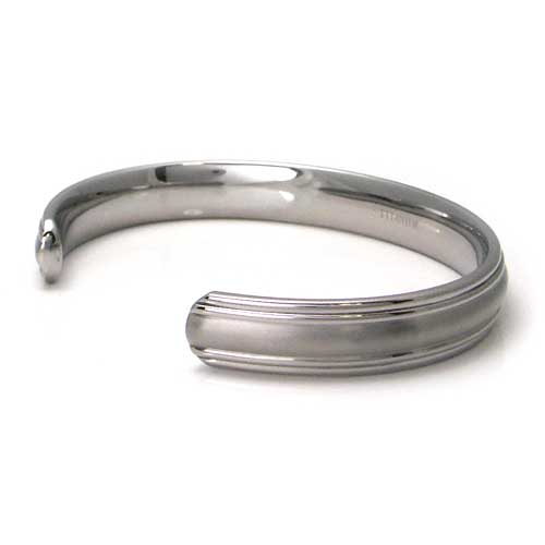 Titanium 10MM Two Tone Cuff Bangle