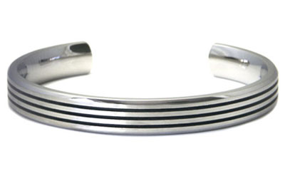Titanium 10MM Cuff Bangle w/ 3 Lines
