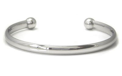 Titanium 5MM Cuff Bangle w/ Balls